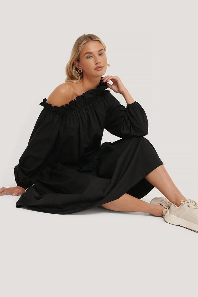 Asymmetric Elastic Dress Outfit.