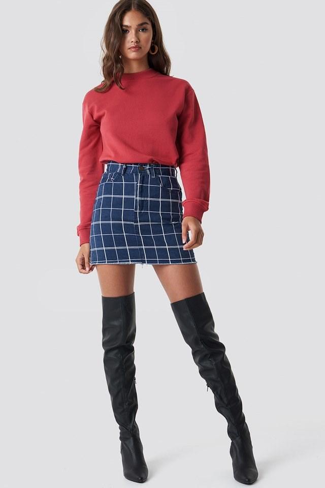 Basic Sweater X Denim Skirt Outfit