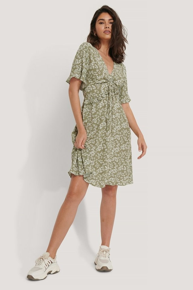 Short Sleeve V-Neck Flounce Waist Dress Green.