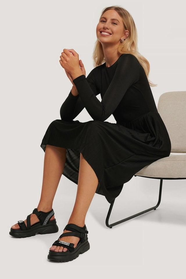 Long Sleeve Pleated Dress Outfit.