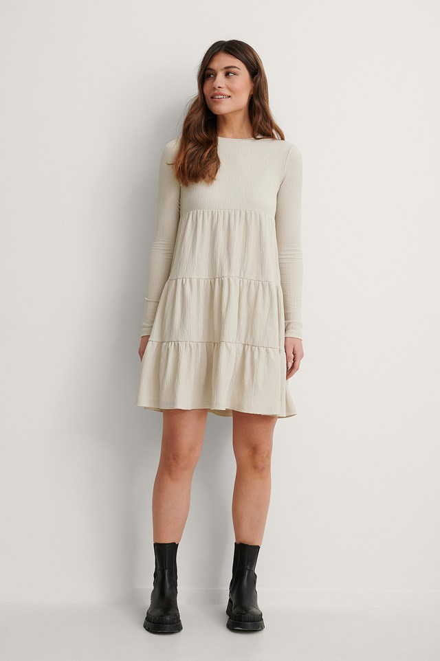 Crepe Flounce Detail Dress Outfit.