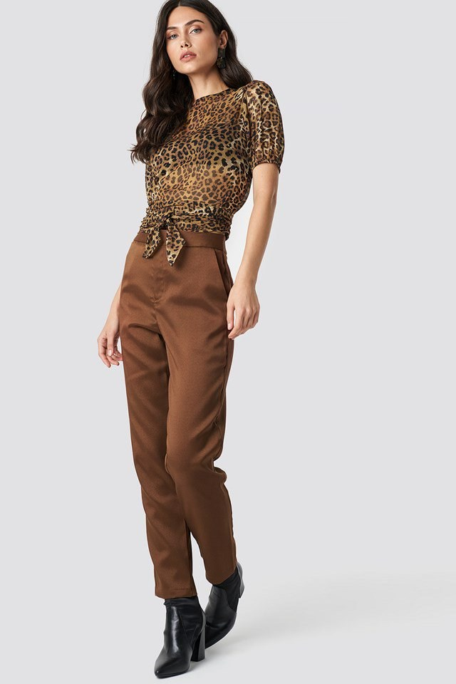 Leo X Brown Pant Outfit