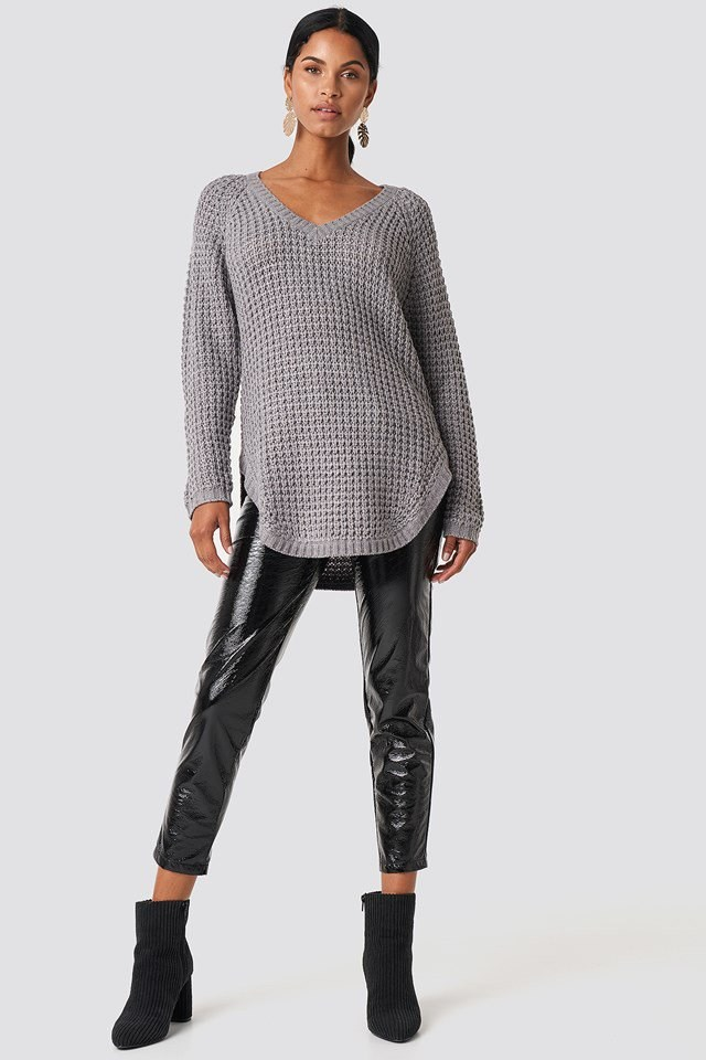 Oversized Knit Leather Outfit
