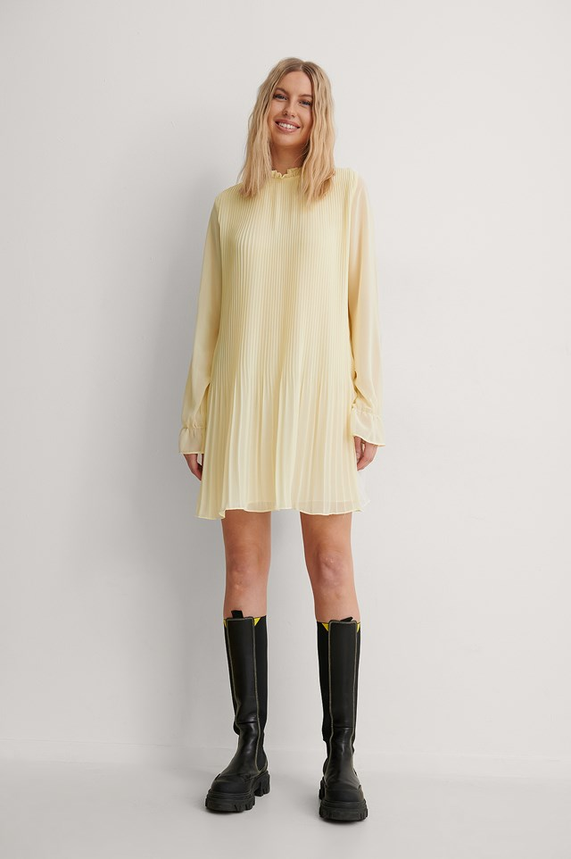 Mini Pleated Dress Outfit.