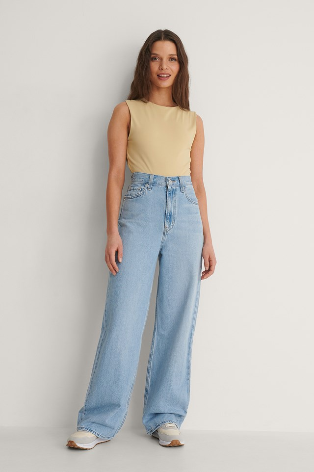 Levis High Loose Full Circle Jeans Outfit
