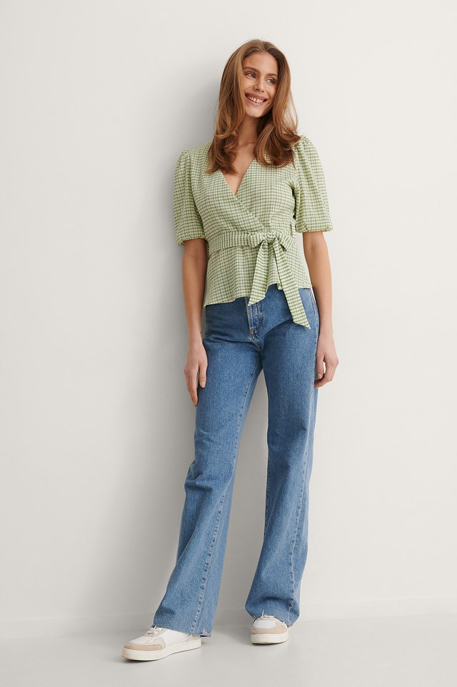 NA-KD Tie Side Fitted Blouse Outfit