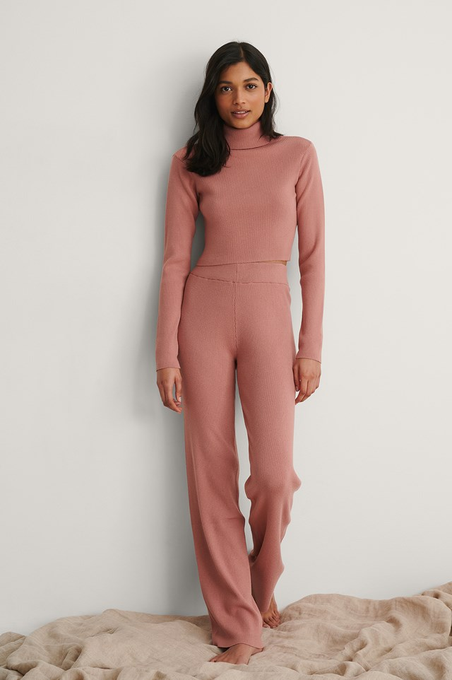 Dusty Pink Knitted Ribbed High Neck Top