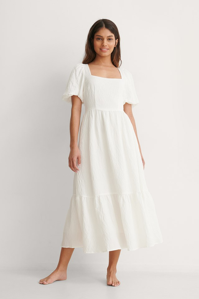 NA-KD Structured Volume Midi Dress Outfit