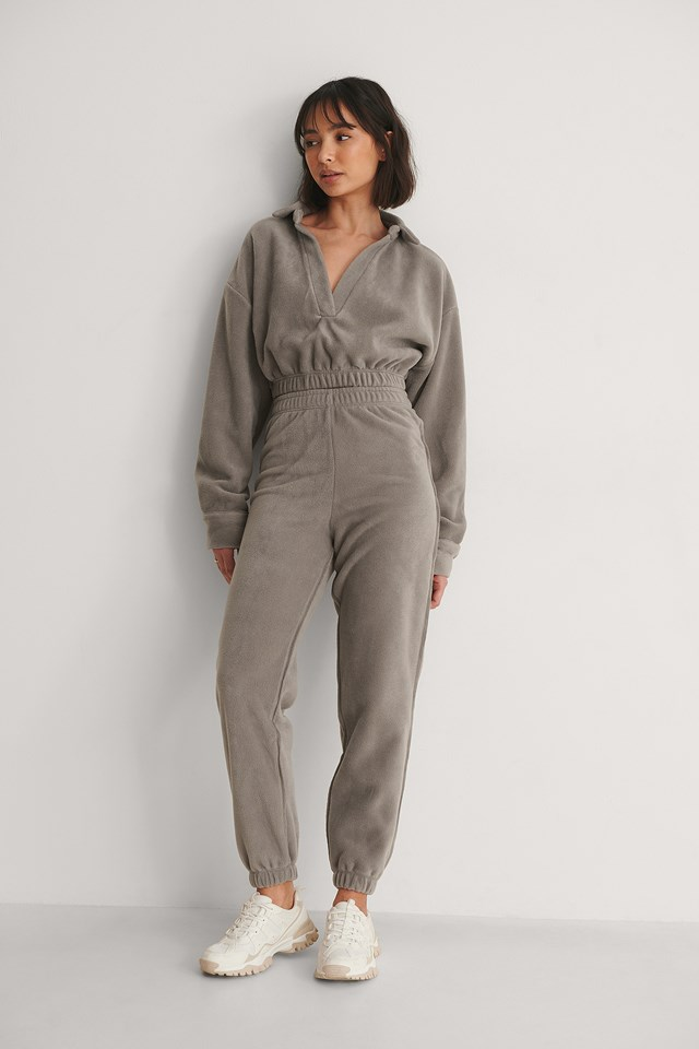 Fleece Jogging Pants Outfit