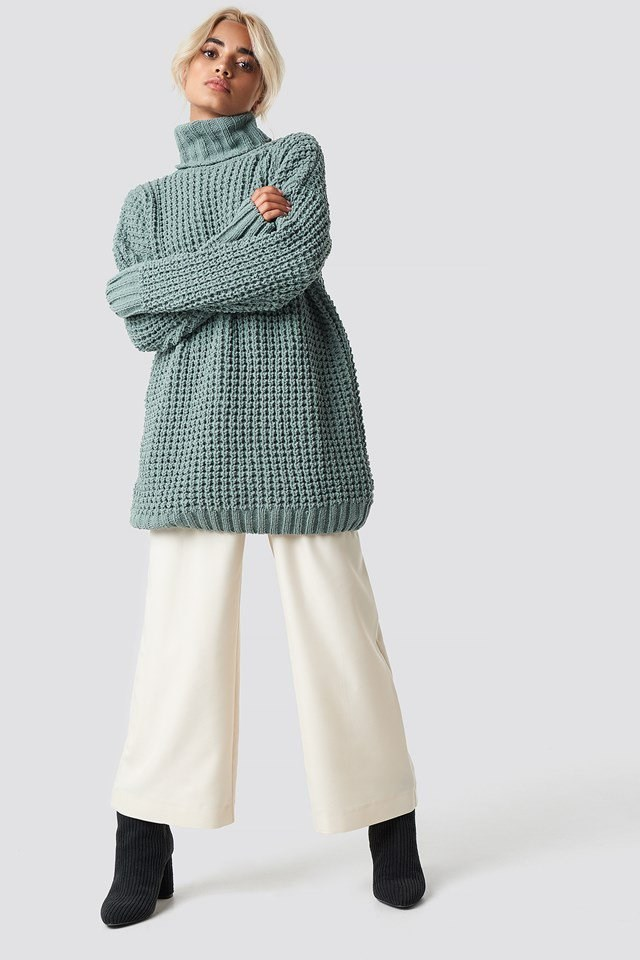 Oversized Green and White Outfit