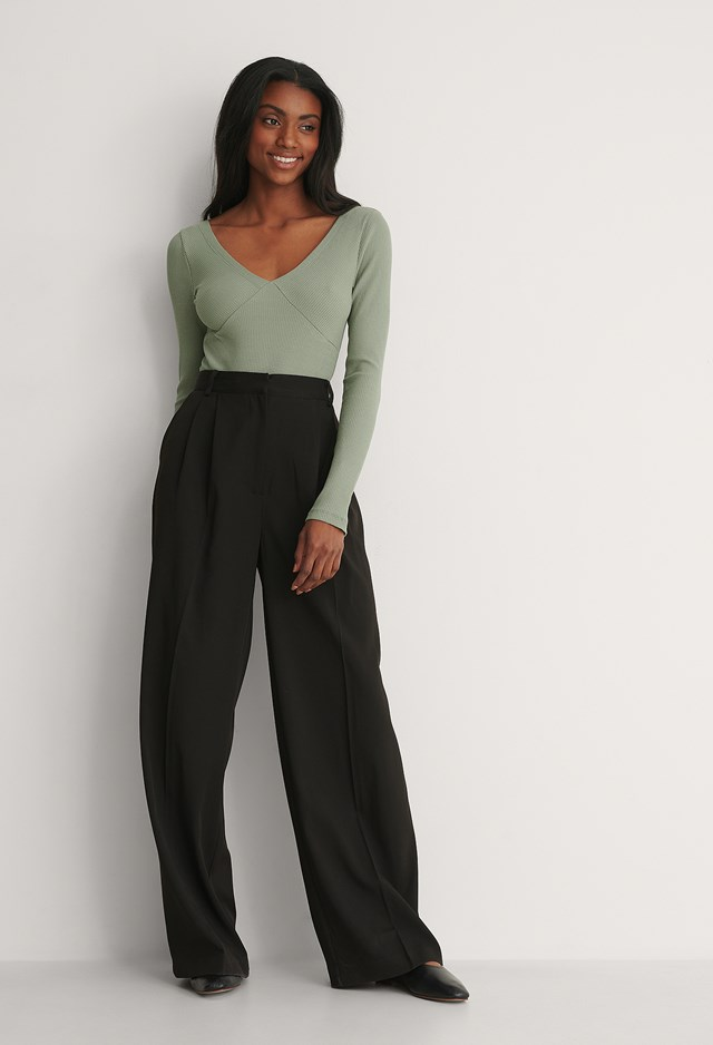 Off Shoulder Long Sleeve Rib Top Outfit.