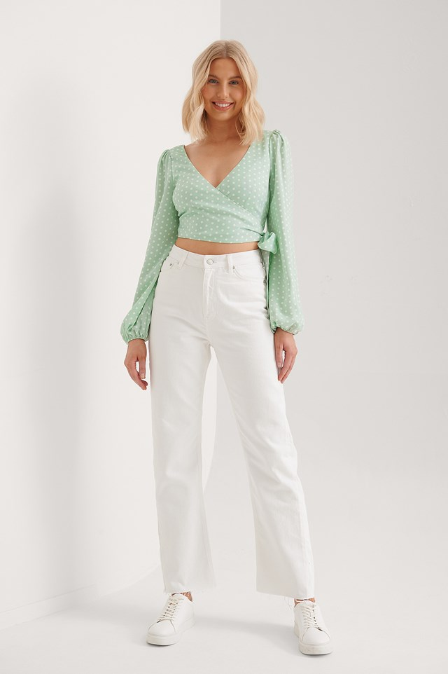Wrap Around Balloon Sleeve Top Outfit.