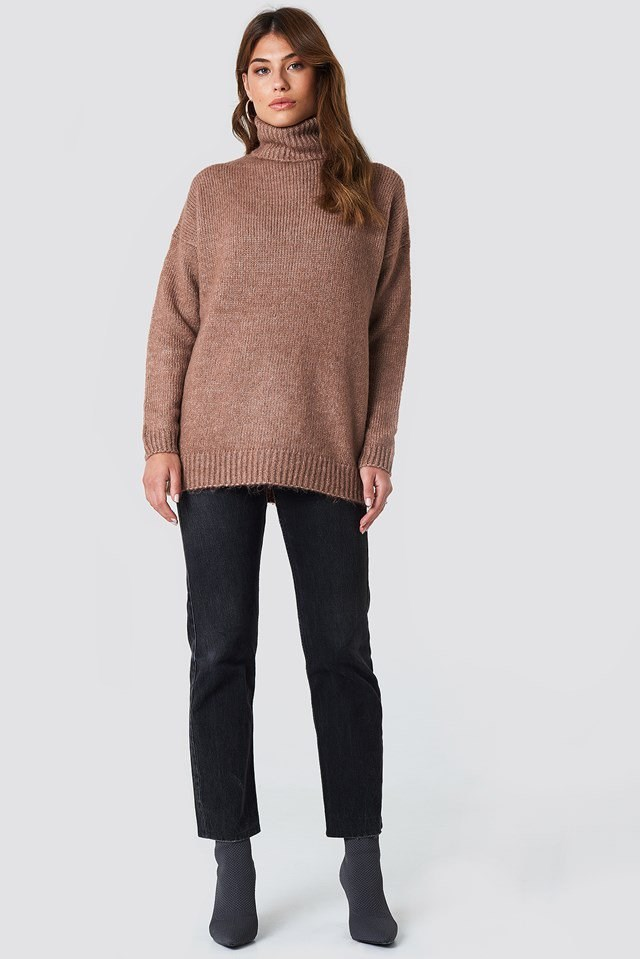 Brown Oversized Knit and Ankle Boots Outfit