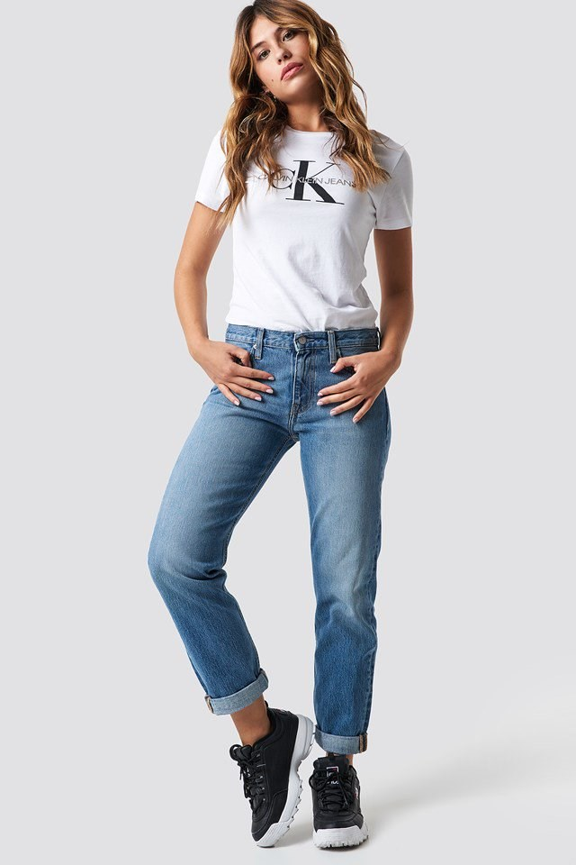Calvin Klein Boyfriend Jeans Outfit