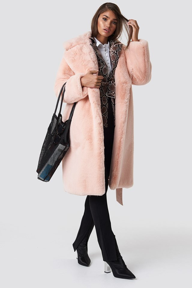 Pink Fur Coat Outfit