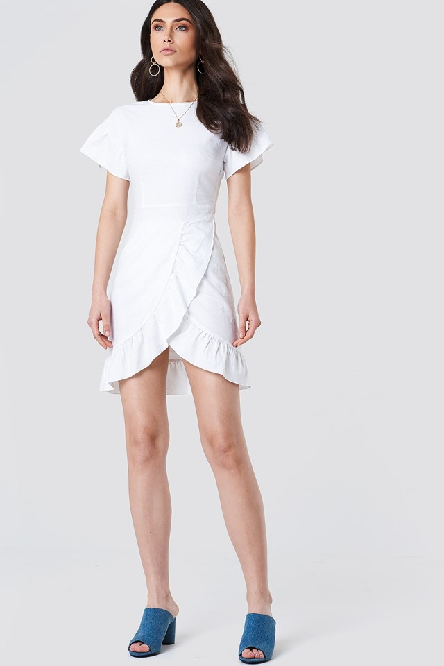 Dropped Shoulder Frill Dress Outfit