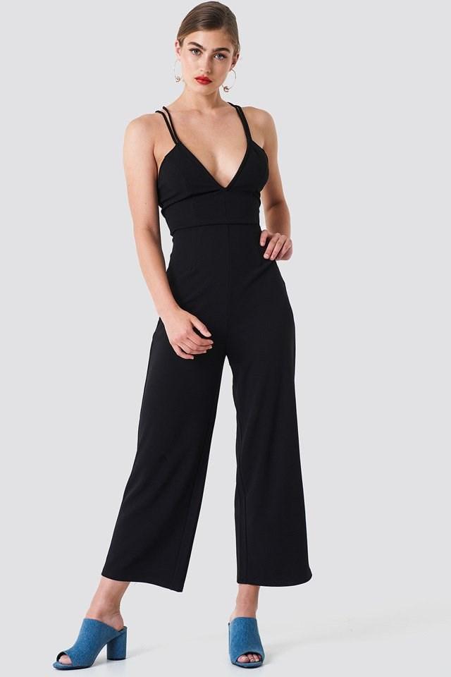 Black Casual-Chic Jumpsuit