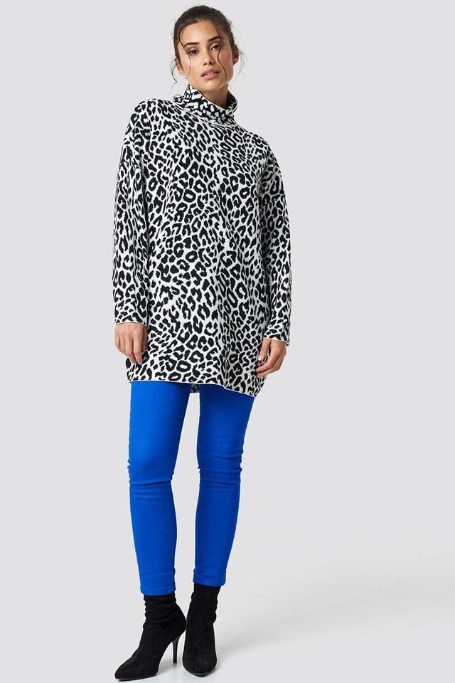 Neivie Sweater and Highwaist Skinny Jeans