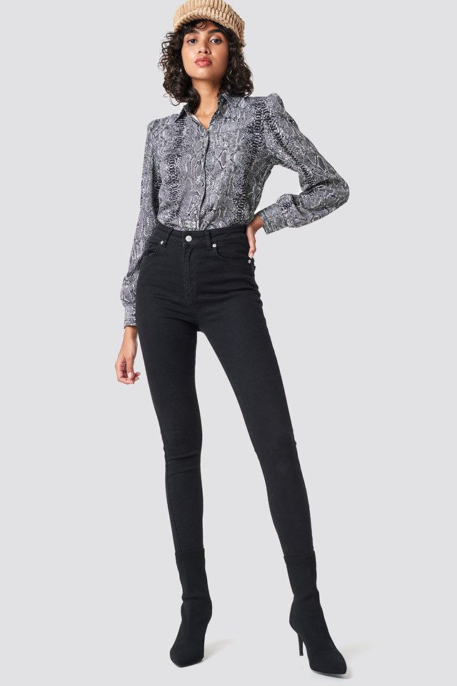 Snake Blouse Outfit