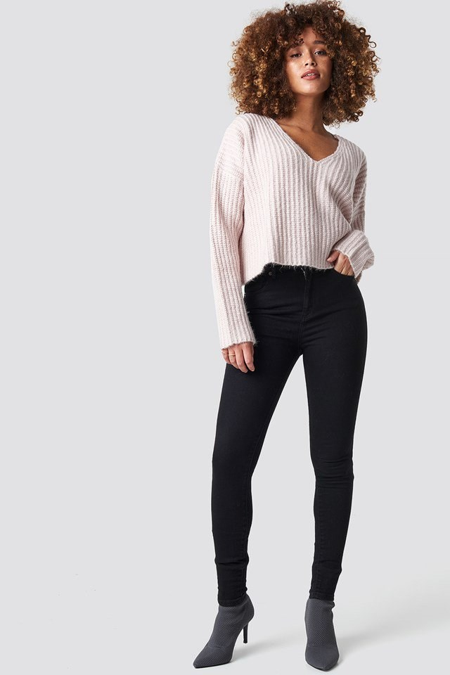 Light Pink Knitted Sweater Outfit