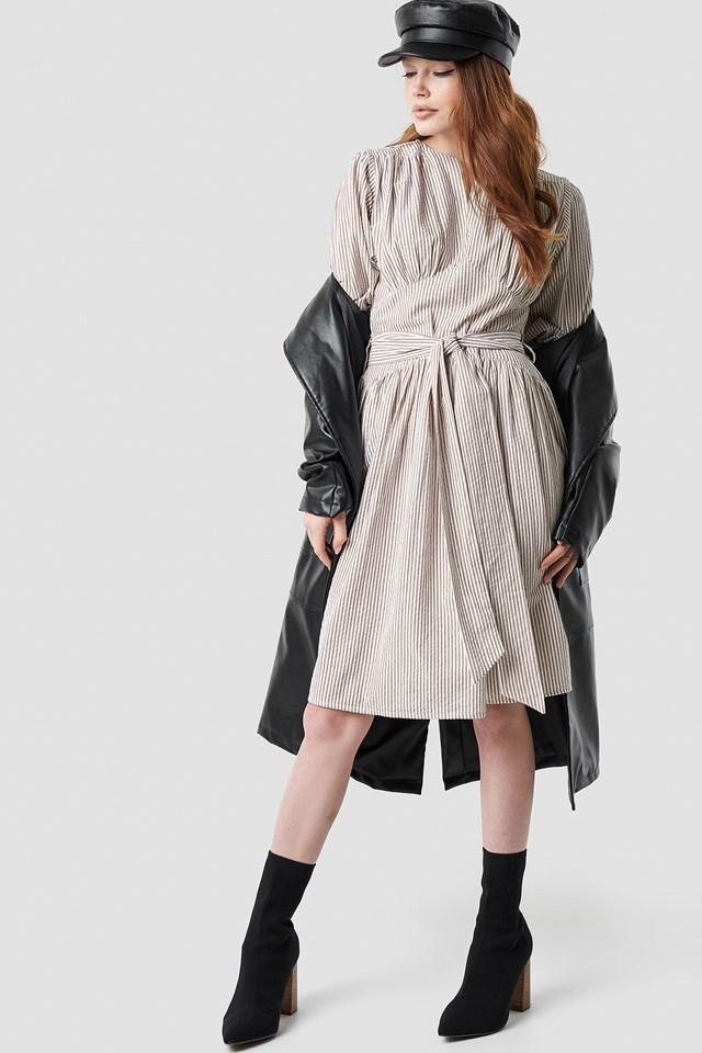 Tie Waist Dress Outfit