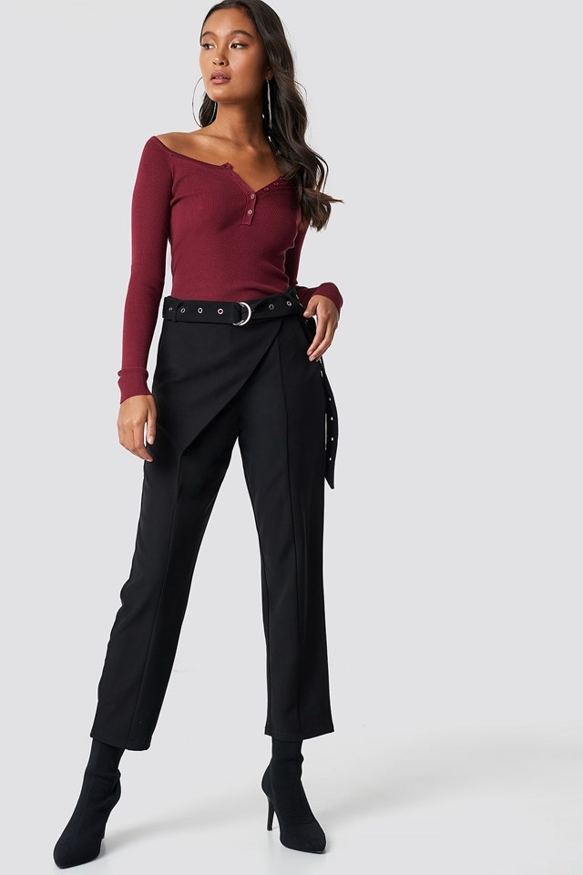 Button Detailed Off Shoulder Top Outfit