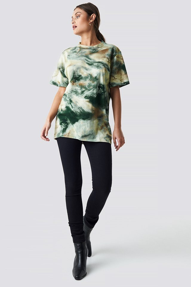 Green T-shirt Outfit