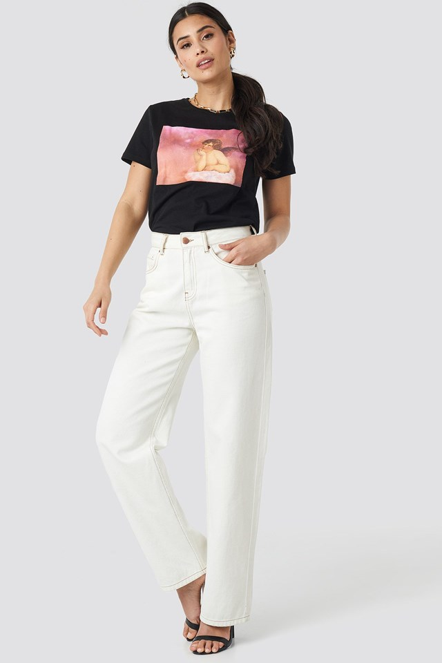 Pink Cloud Angel tee Outfit.