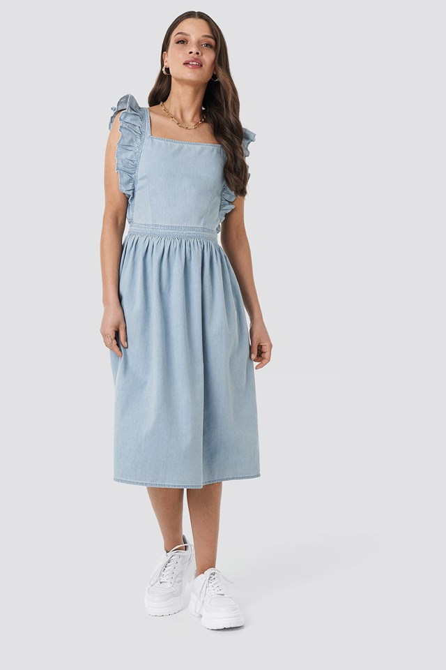 Ruffle Denim Pinafore Dress Outfit