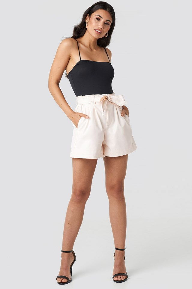 Faux Leather Paperbag Shorts Beige Outfit