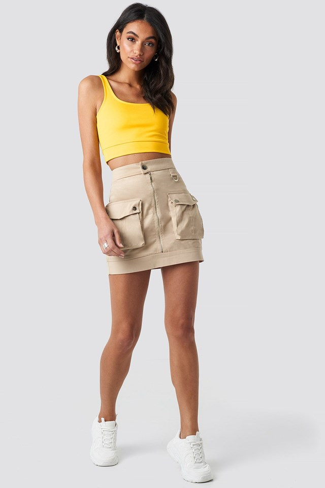 Cargo Mini Skirt Beige Outfit