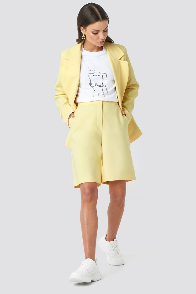 Mid Length Shorts Yellow Outfit