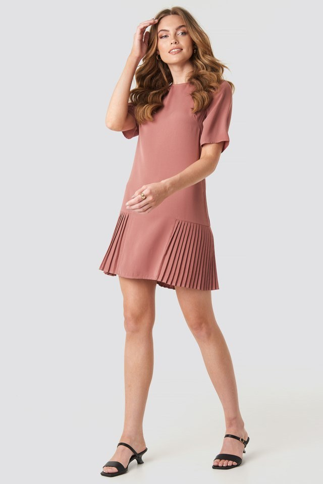 Pleated Detail Mini Dress Pink Outfit
