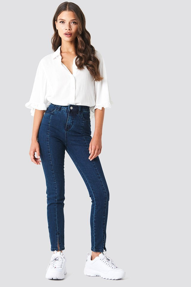 High Waist Jeans with a Romantic Blouse