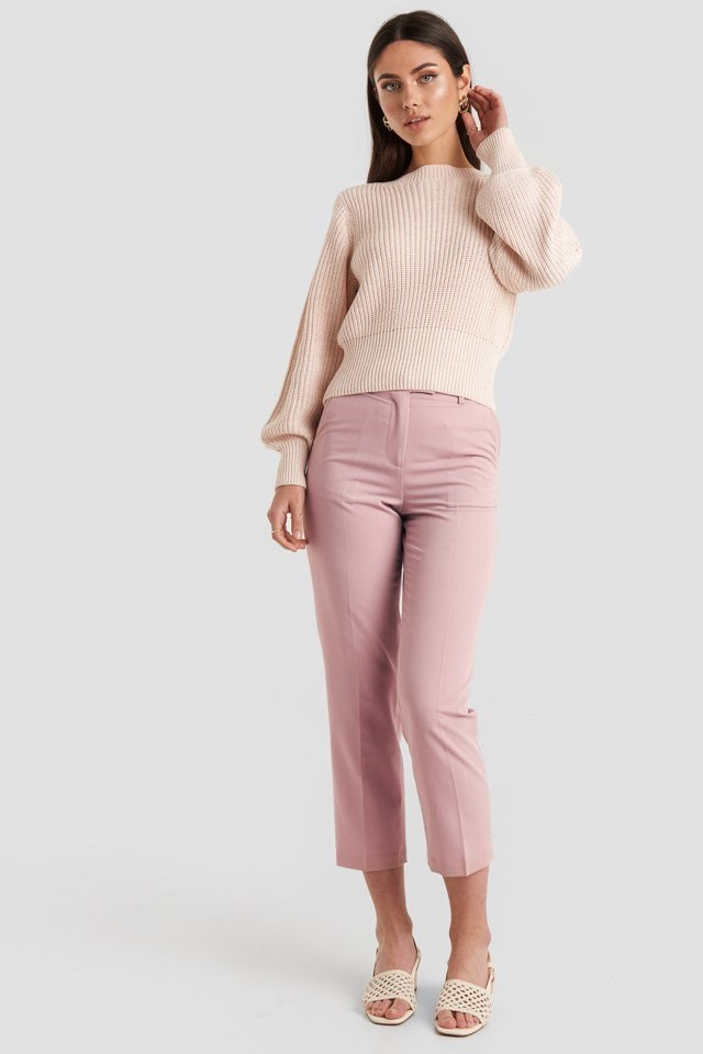 Twisted Pullover Pink Outfit
