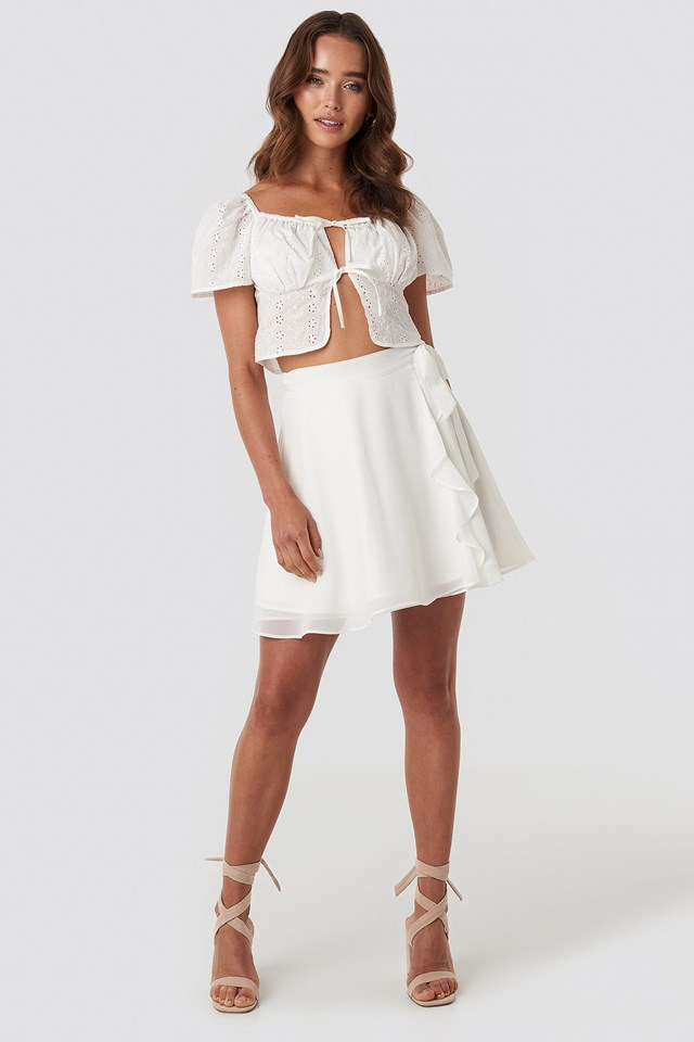 Front Tie Crochet Top White Outfit
