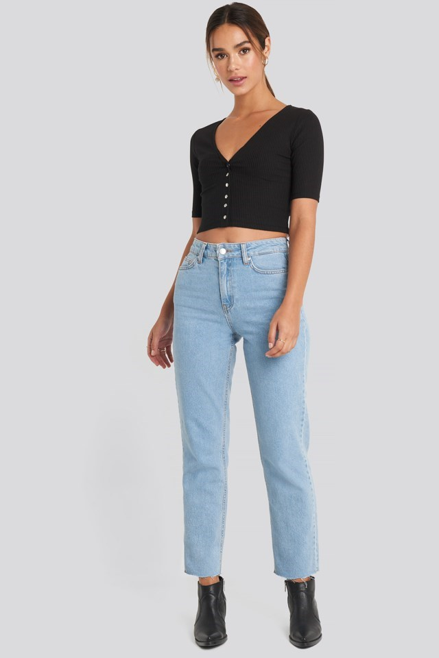 V-neck Cropped Jersey Top Outfit