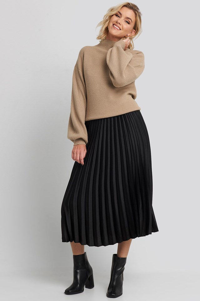 Catia Skirt Black Outfit