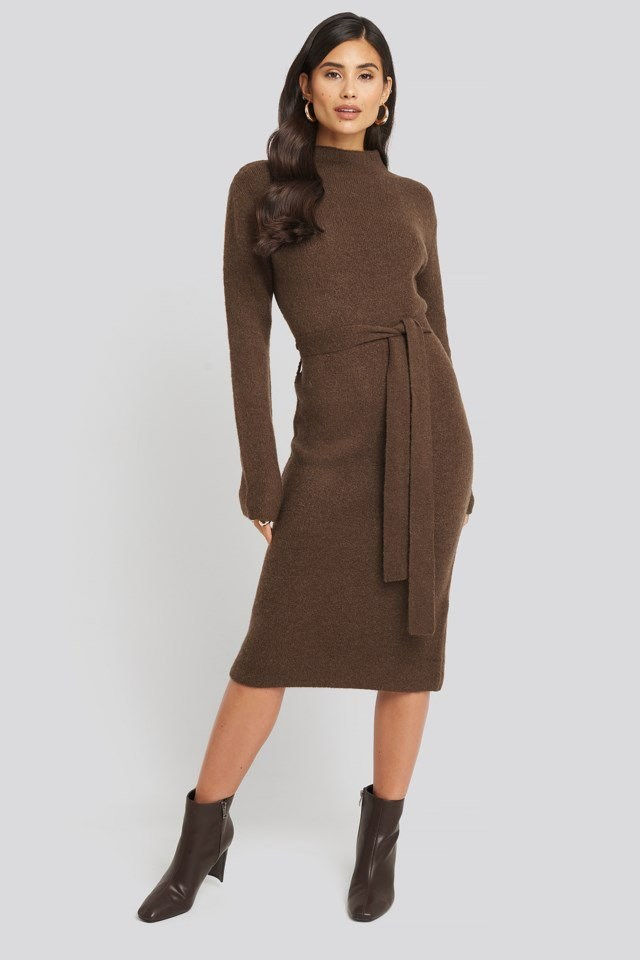 Tied Waist Knitted Dress Look
