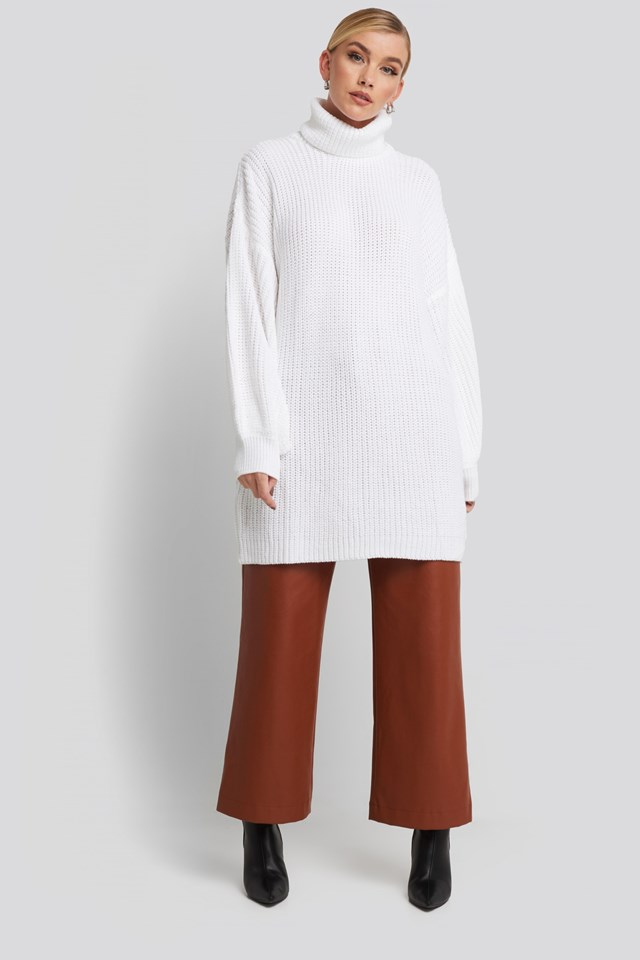 Oversized High Neck Long Knitted sweater White Outfit.