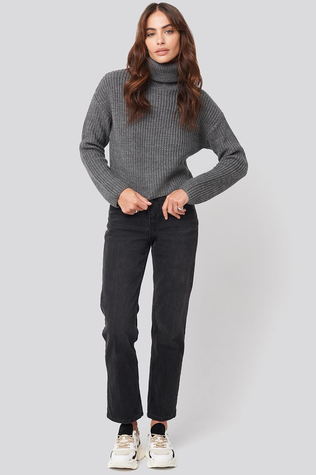 Folded Polo Neck Knitted Sweater Grey Outfit.