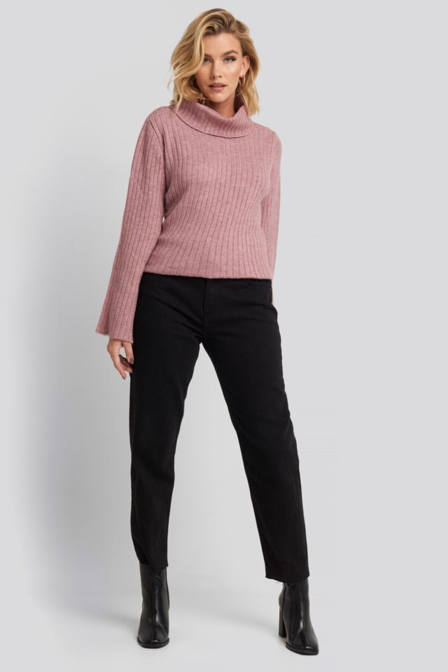 Wide Sleeve Turtleneck Sweater Look