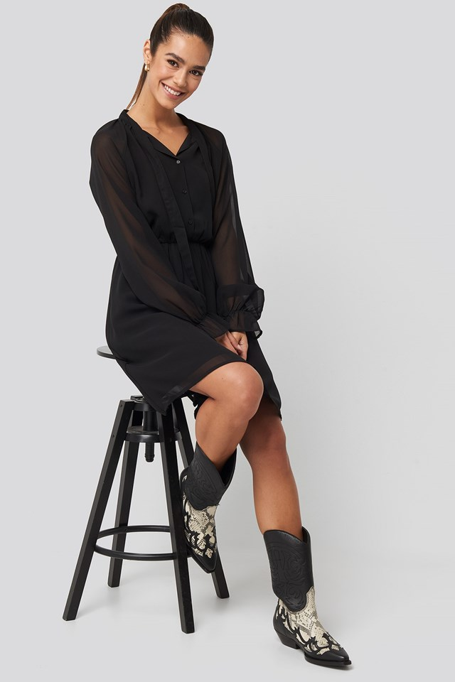 Chiffon buttoned Dress Black Outfit.