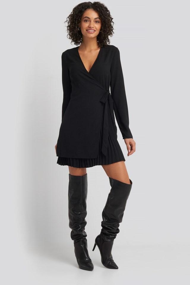 Overlapped Pleat Detailed Mini Dress Look