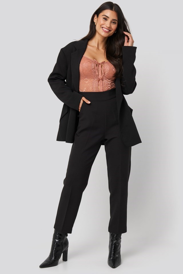 Front Detail Lace Bodysuit Outfit.