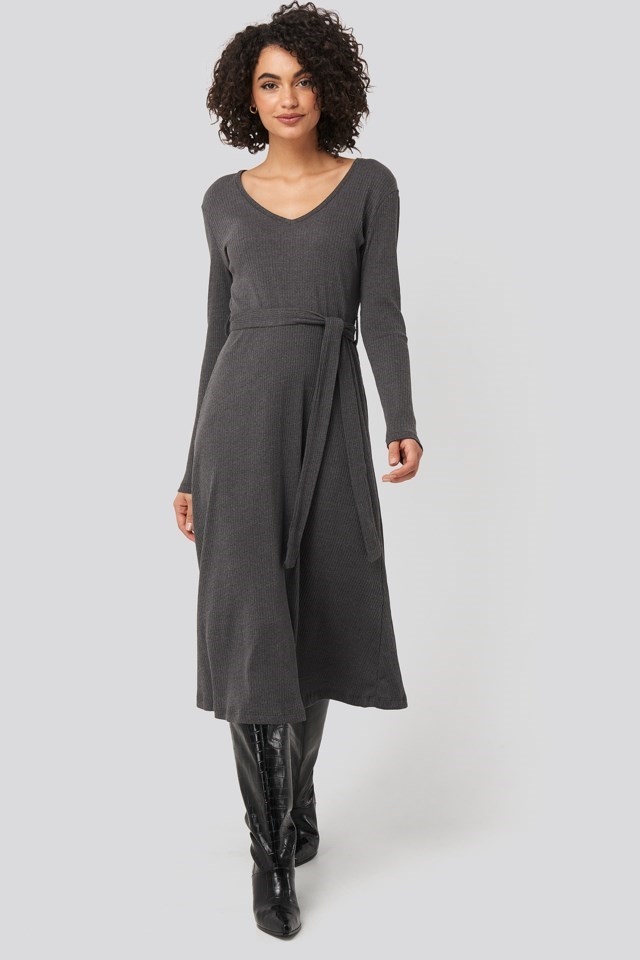 Binding Detailed Midi Dress Grey Outfit