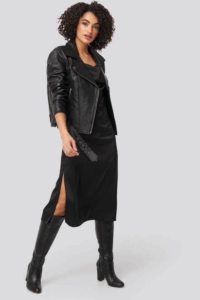 Oversized Belted Leather Jacket Outfit