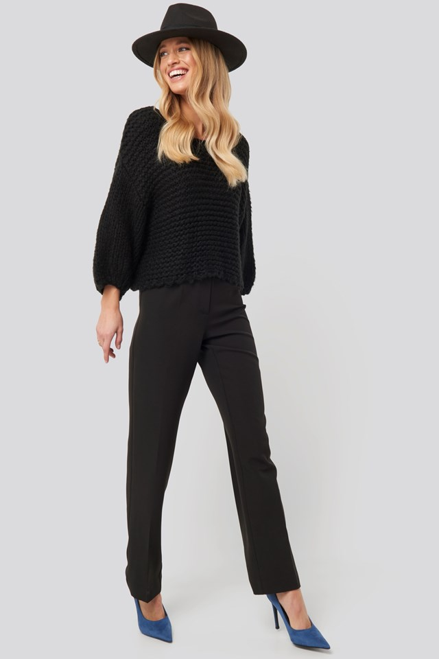 Heavy Knitted Short Sleeve Sweater Black Outfit