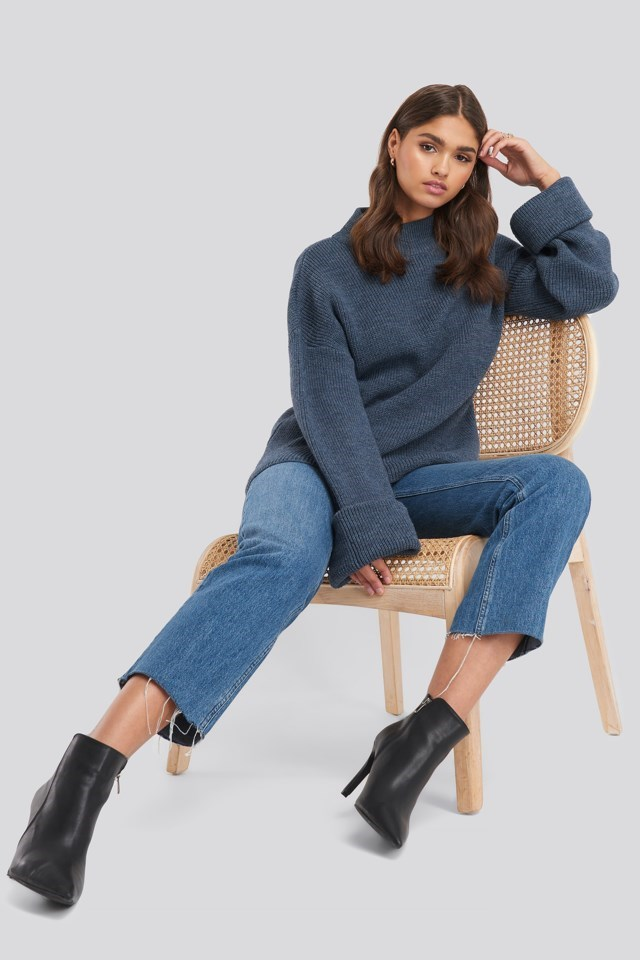 Ribbed Knitted Turtleneck Sweater Outfit.
