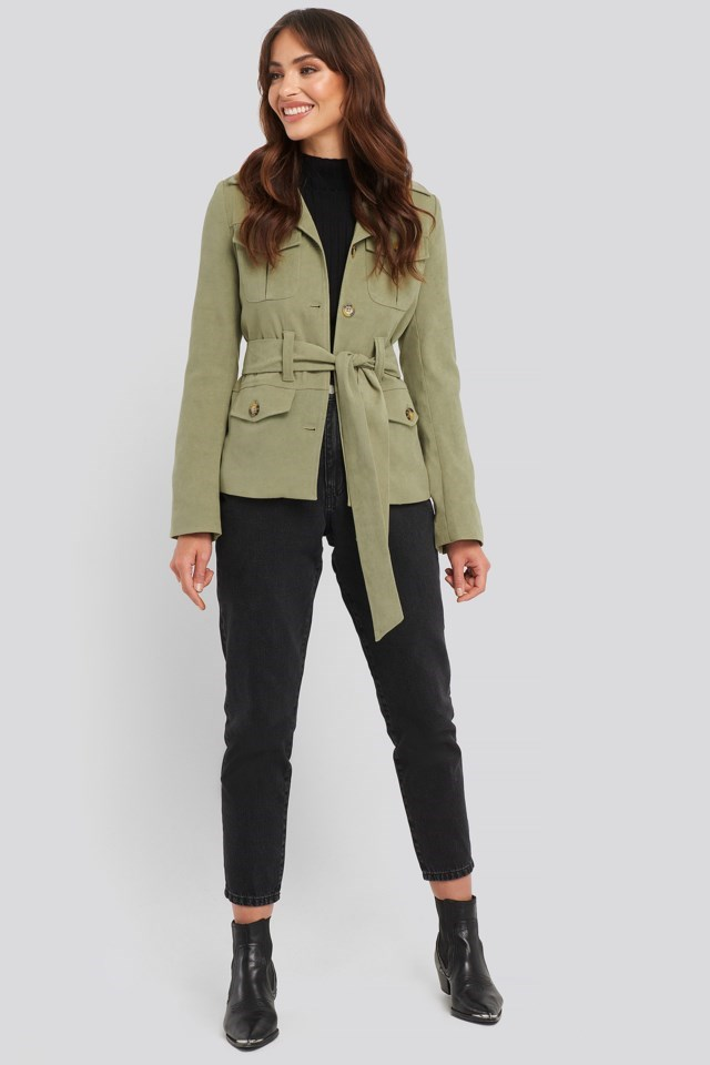 Detailed Blazer Outfit